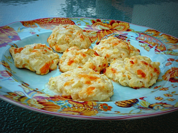 cheddar apple biscuits