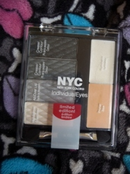 NYC Eyeshadow pallete